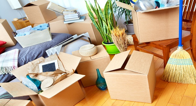 prepare boxes for house moving